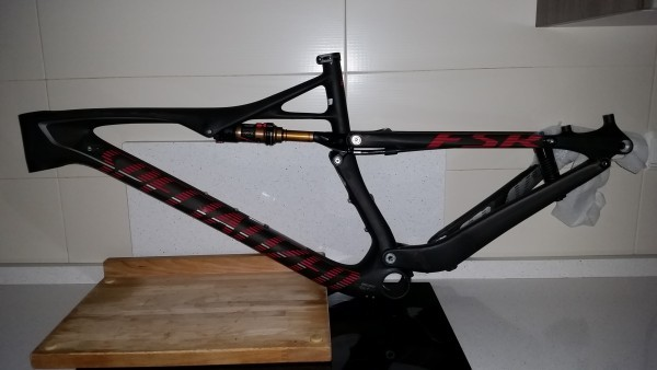 SPECIALIZEDepic marathon carbon 29 (2015)
